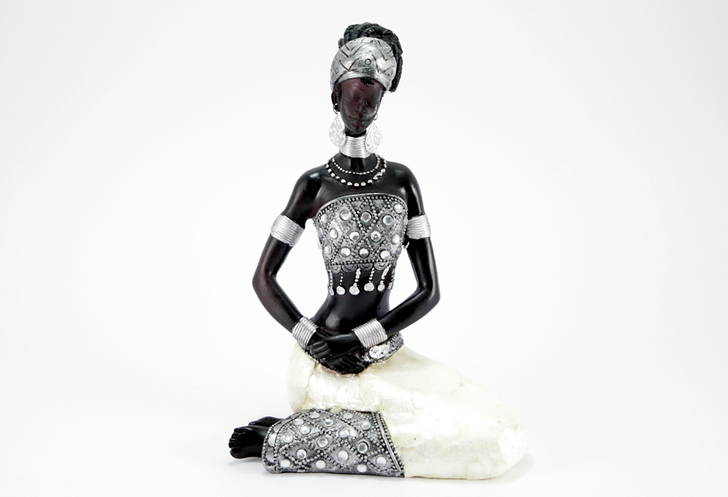 sch ne afrikanische figur frau sitzend afrika skulptur exotisch deko dekoration ebay. Black Bedroom Furniture Sets. Home Design Ideas